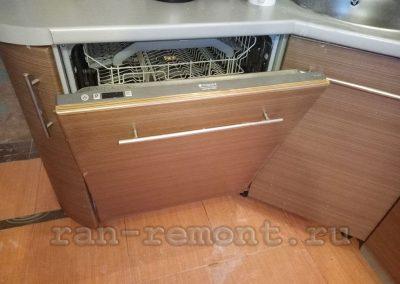 Встроенная 12-ти комплектная посудомоечная машина