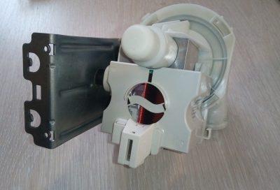 Помпа для посудомоечной машины Whirlpool 481010514599